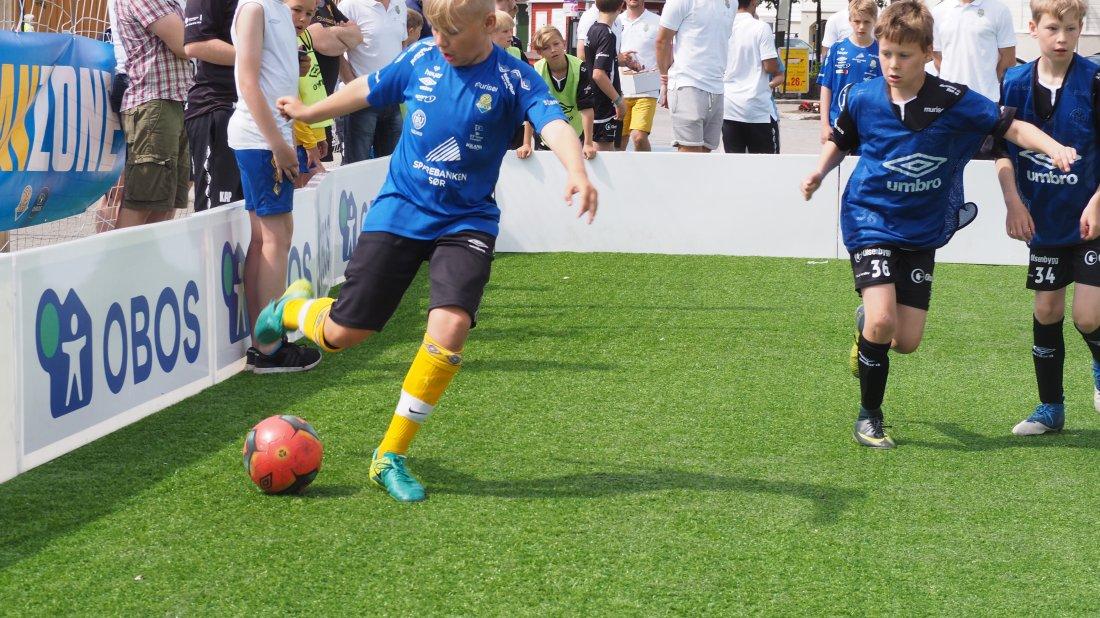 Fotballaktivitet i byen